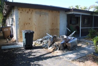 Building severely damaged in Cape DUI crash