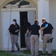 Photos: FDLE and HSI investigate Cape Coral home