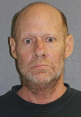 Florida man charged with blowing off dog's paw