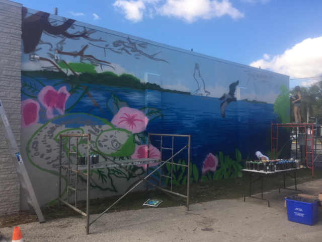 Mural society paints outdoor mural gallery for Mural alternatywy 4
