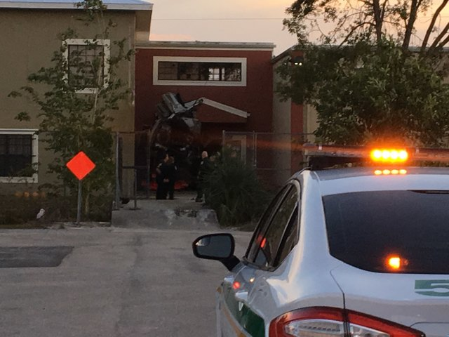 Witness: Car traveled 100 mph into school