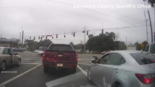 Shootout on busy Florida street captured on dashcam