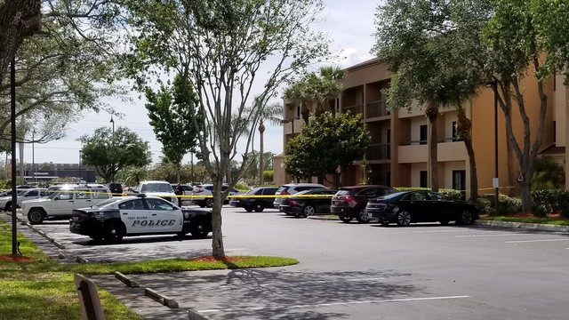Suspicious package at Fort Myers hotel