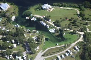 Algae blooms seen in SWFL as Lake O releases...