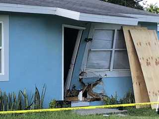 House damaged during police chase in Fort Myers